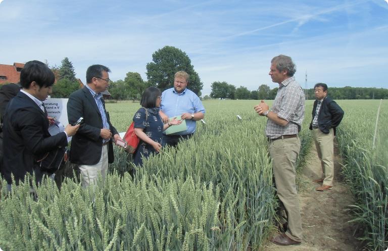 海外での農業視察を実施